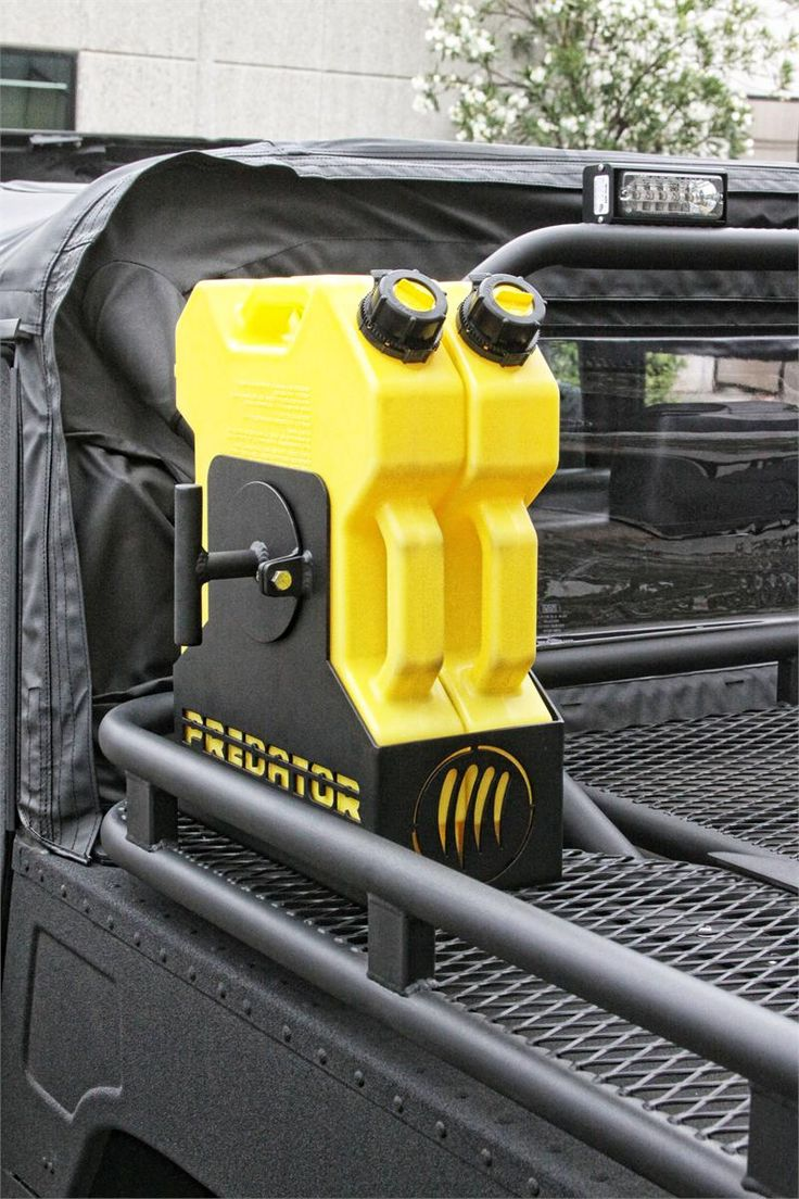 Predator rotopax 2 can carrier 6 gif 800