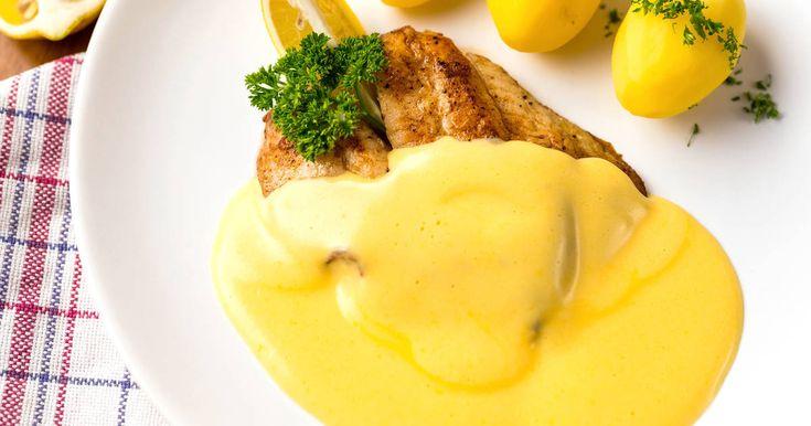Mennyei Hollandi mártás alaprecept recept! Egy tökéletes hollandi mártás alaprecept! Lehet tejszínesen, és vizesen is készíteni. Mindkét változat tökéletes, ez a vizes változat. Könnyű, krémes, és nagyon finom! Kiváló mártás halakhoz, és zöldségekhez!