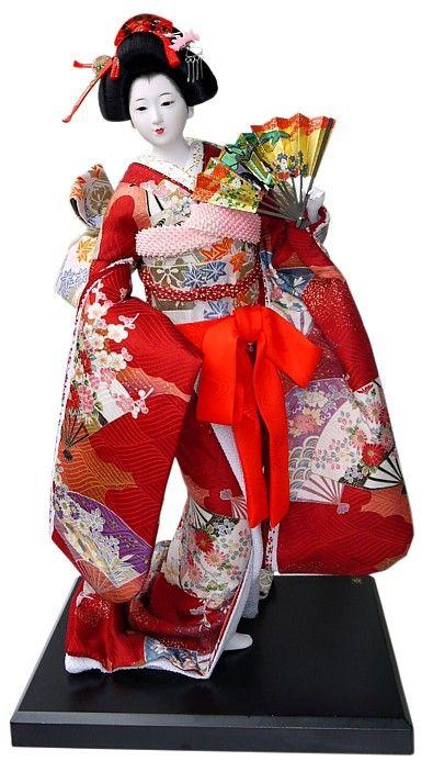 Japanese vintage doll in beautifull kimono. Japanese Kimono Dolls Catalogue. Japanese Art online shop. The Black Samurai Online Shop.