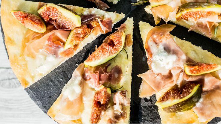Foto Pizza Bianca con Fichi, Prosciutto Crudo e Gorgonzola