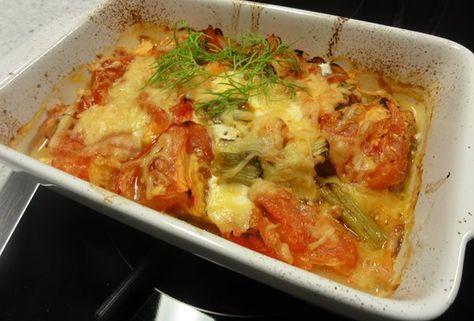 Visschotel met veel groenten uit de oven