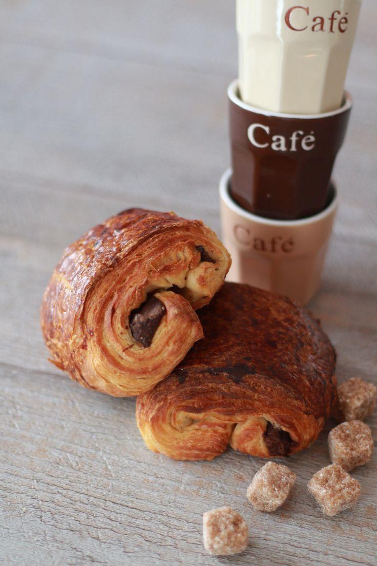 Les 25 meilleures id es de la cat gorie pain au chocolat sur pinterest recette de croissant au - Bricoleur de douceur ...