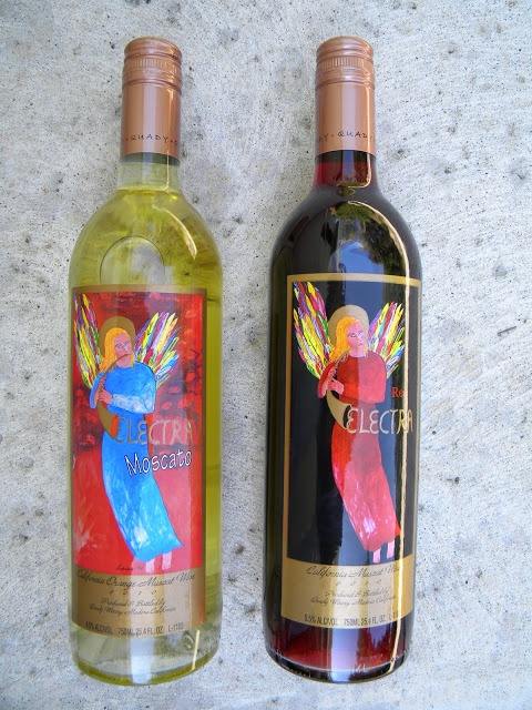 Electra Wines: Moscato & Red  Soooo good!