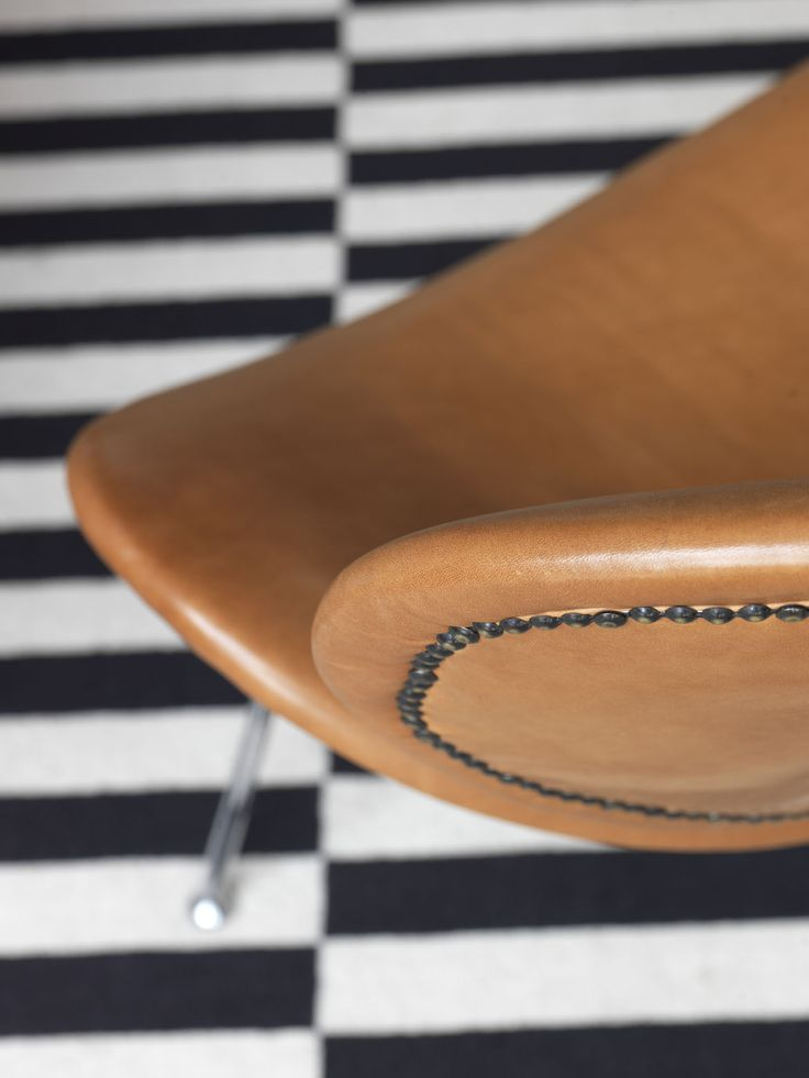 STEEPLE APARTMENT | alwill  #interiors #rug #leather #details