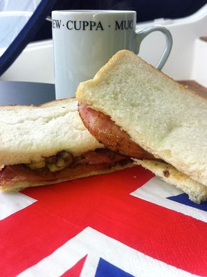 English bacon butty | What Makes the Perfect British Bacon Sandwich aka Bacon Butty
