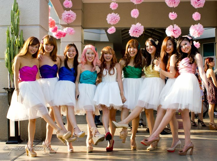 perfect way to do rainbow bridesmaids dresses without going overboard.