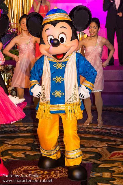 Mickey Mouse ~ DDE May 2013 - Welcome to Hong Kong Disneyland