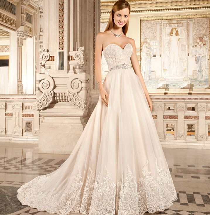 Wedding Dress: Demetrios