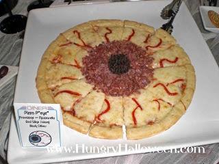 Pizza ojo de sauron: Comida para Halloween