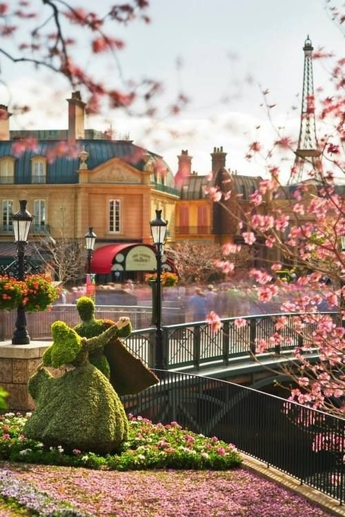 Jelena Rizvanovic • Paris Disneyland Paris -