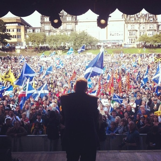 Alex Salmond addressing the thousands that turned out for the Scottish Independence March and Rally - 22nd September 2012