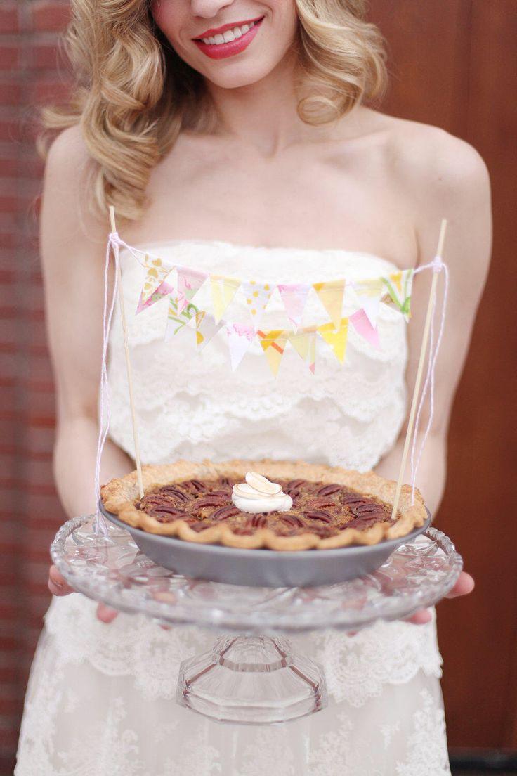 Best 25 Banner Cake Toppers Ideas On Pinterest Diy Cake