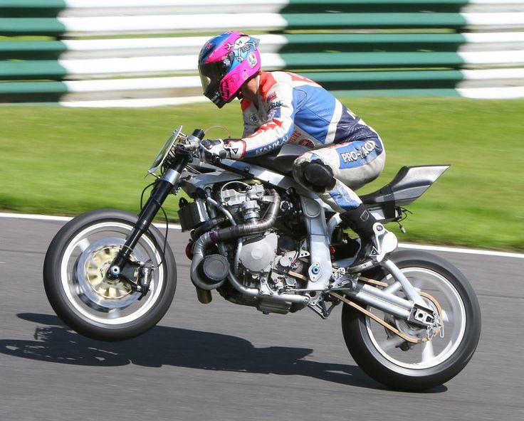 Guy Martin's 320 hp Martek  GSXR turbo