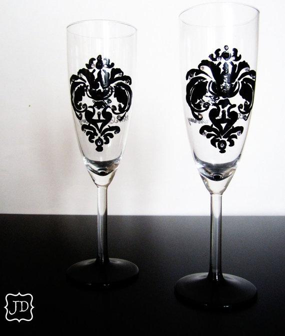 Champagne flutes: Damasks Champagne, Glasses Decor, Champagne Glasses, Glasses Dreams, Black Damasks, Glasses Rhinestones, Wedding Theme, Wine Glasses, Glasses Champagne