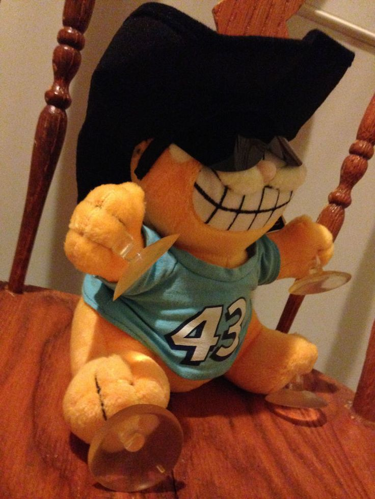 Vintage Garfield Plush Like Doll!!! Car Mods for the Window. (ULTRA RARE) 80s