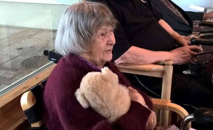 100-vuotias Tuulikki ei pelkää rasvaa