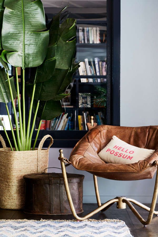 A 1980's bungalow gets a boho makeover inBangalow - desire to inspire - desiretoinspire.net - Alida and Miller