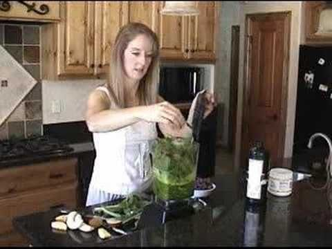 Great video on creating green smoothies.