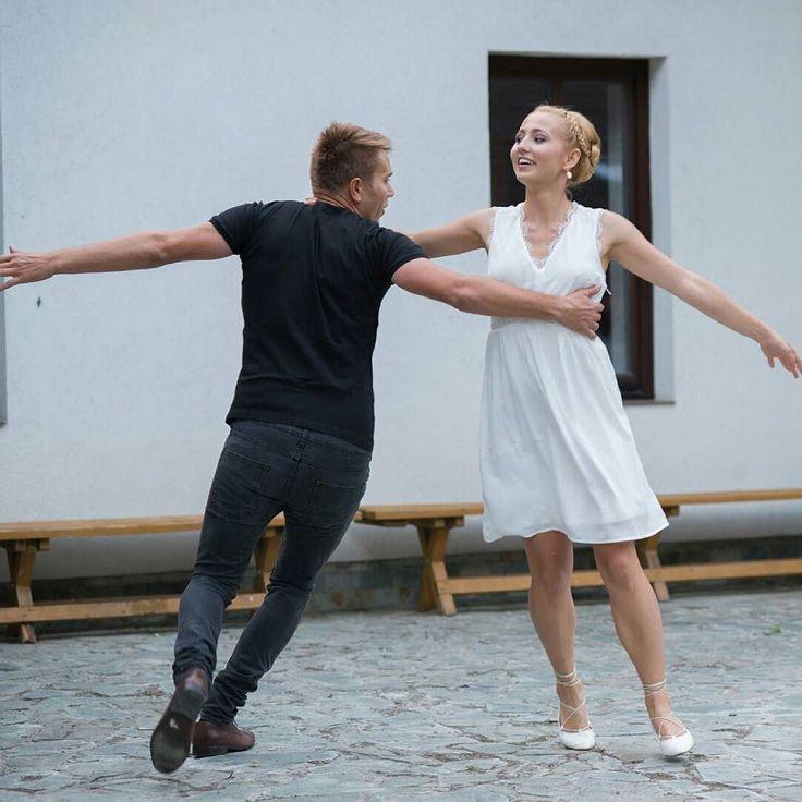 Happy married couple  #wedding #love #party #partytime #dance #photo #happy #photooftheday #summer #fun #nevesta #weddingphoto #weddingphotography #weddingphotographer #svatebnifotograf #svatba #flowers #destinationweddingphotographer #realwedding #hochzeitsfotografwien #hochzeitsfotografmünchen #svatebnifotografpraha #svatebnifotografbrno #engaged #thedailywedding #bridestory #bridestyle #instamood #instawedding #gonzalobell