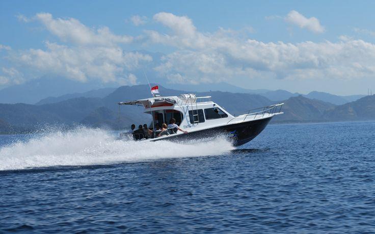 Vanaf Bali gaan er diverse snelle boten naar Lombok en de bekende Gili Eilanden. Ideaal om beide eilanden te combineren tot één droomreis! Rondreis - Indonesië - Bali - Lombok - Veerboot - Original Asia