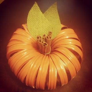 Fall decor: diy mason jar lid pumpkin