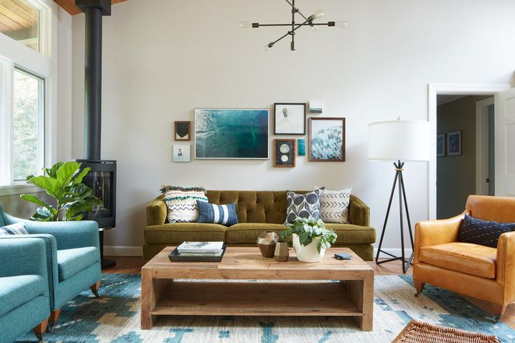 25 best ideas about olive green rooms on pinterest olive green paints olive green decor and for Living rooms with olive green couches