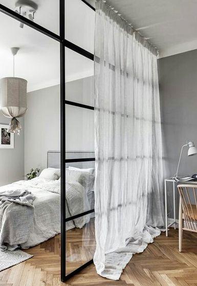Separación dormitorio principal con despacho de a…