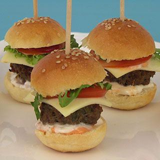 Mini burgers - party food