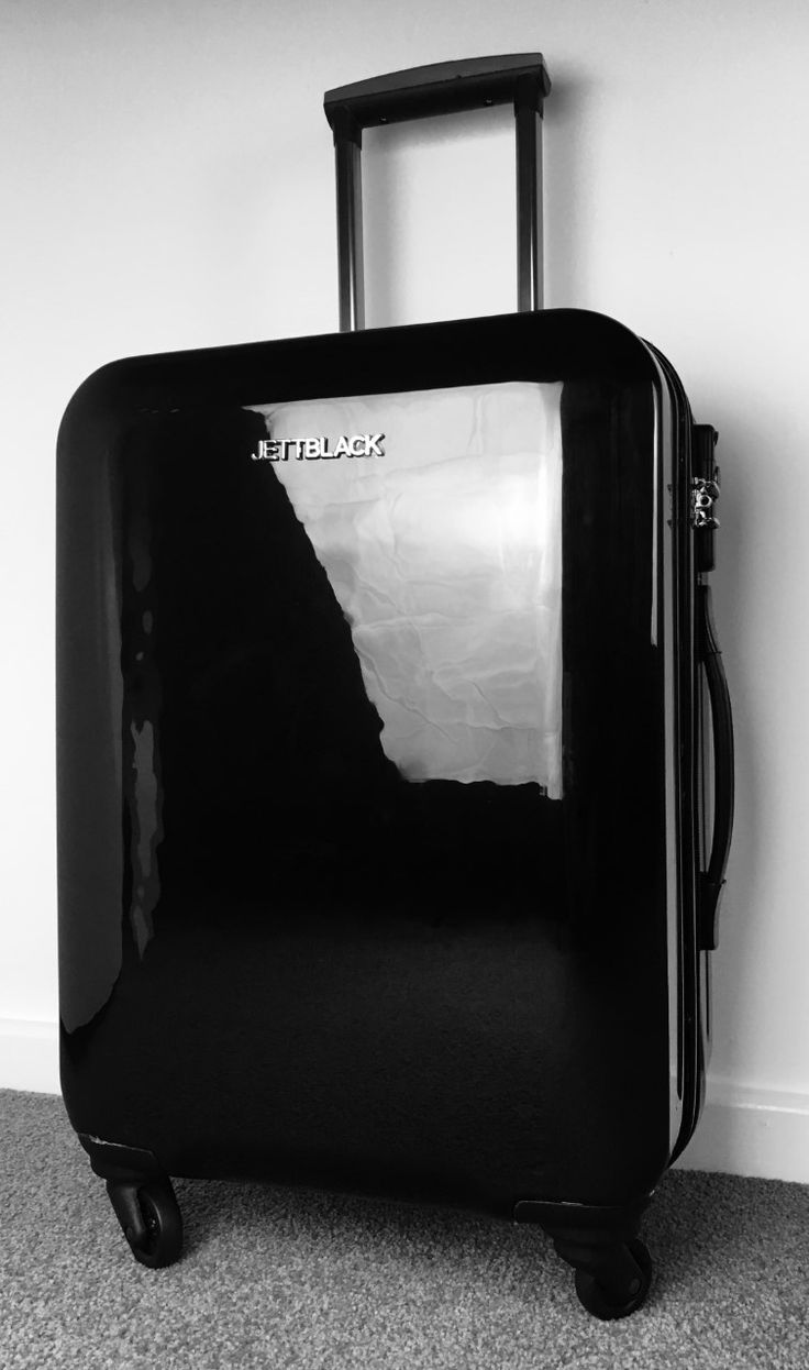 Airport Style - Onyx Black Carry On Suitcase by Jett Black