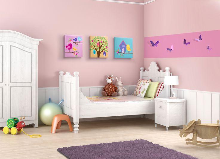 Complementa la decoración del cuarto de niñas con unos hermosos cuadros. Recámara para niñas rosa.
