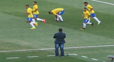 Em seu último teste antes das Olimpíadas Brasil derrota o Japão no Serra Dourada: ift.tt/2aSY3jS