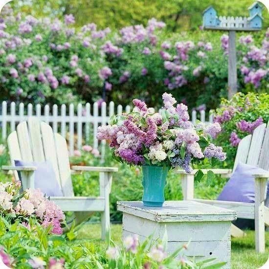 Shabby Chic Garden Ideas - via Tove mishmash: 5 day ...