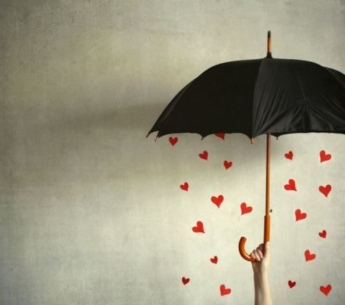 rainy days: Heart, Umbrellas, Valentines Day, Inspiration Pictures, Shower, Accent Colors, Jenny Holma, Berries, Conceptual Photography