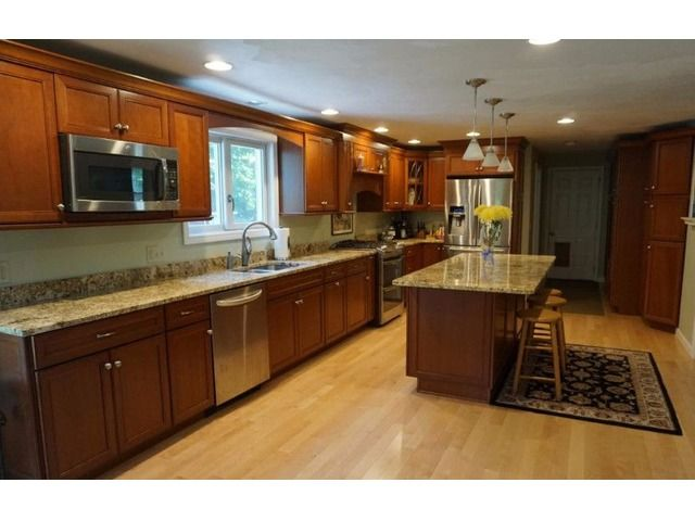 4 Bedroom Brookline Colonial - Houses - Apartments for Sale - Brookline - New Hampshire - announcement-79905