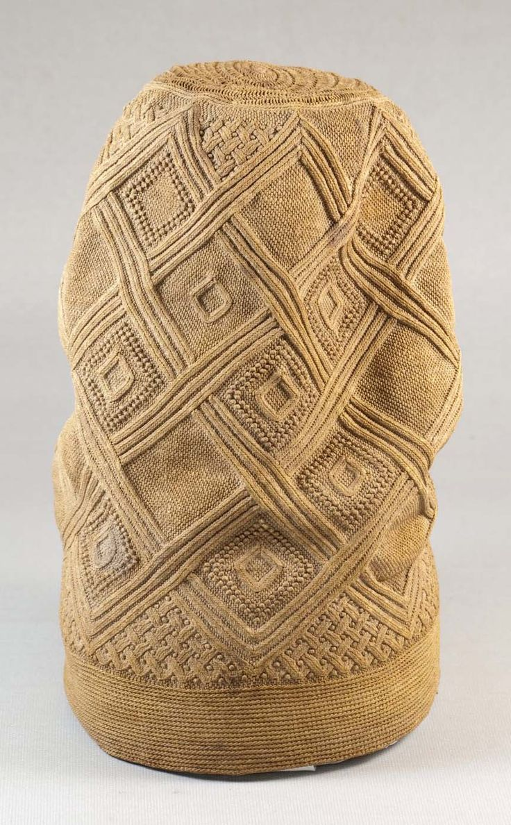 Africa |  Hat (Mpu) from the Kongo people of DR Congo | late 19th century | Fiber