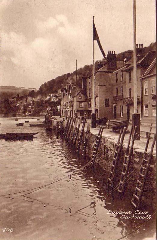 Devon, Dartmouth, Bayards Cove.jpg 522×800 pixels