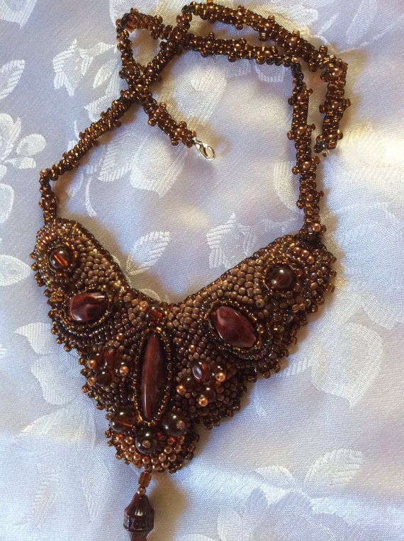 collana ricamo su stoffa by giannelbijoux on Etsy