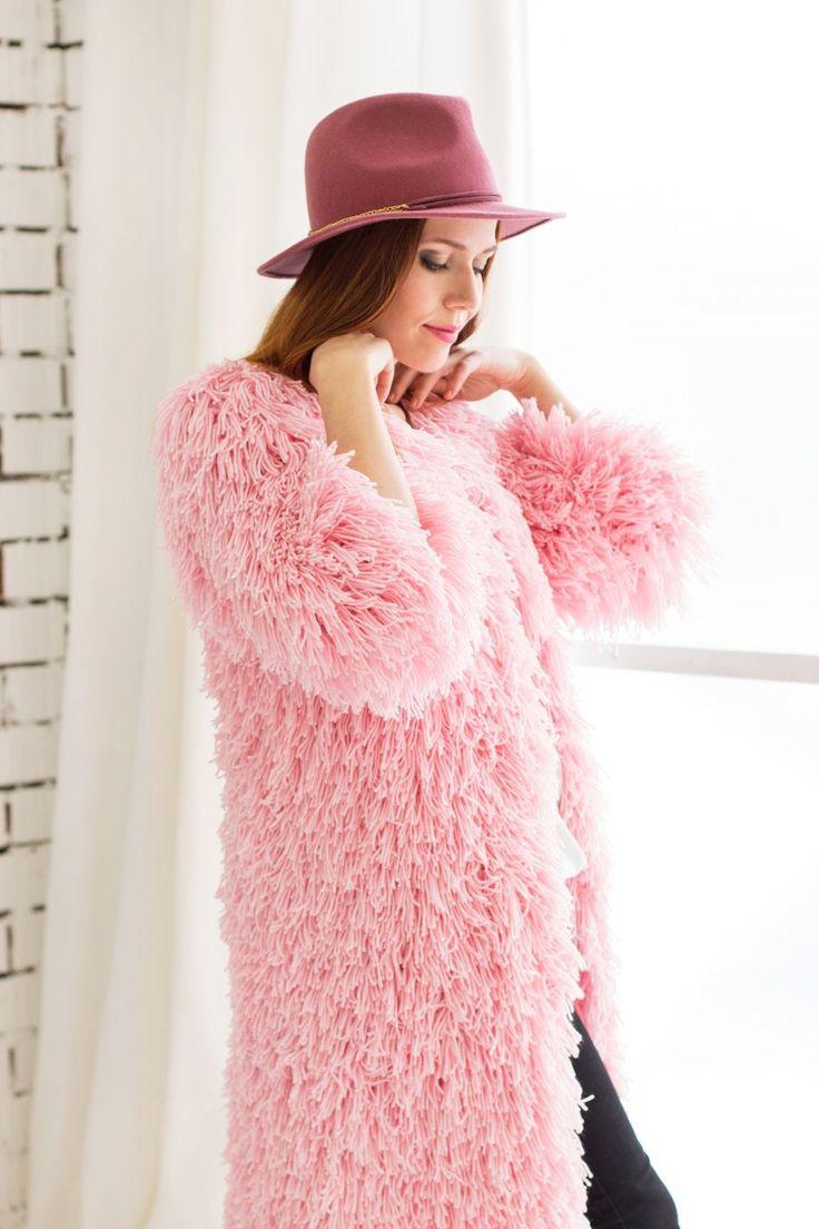 Купить Вязаная шуба кардиган с бахромой розового цвета - розовый, шуба, вязаная шуба, кардиган