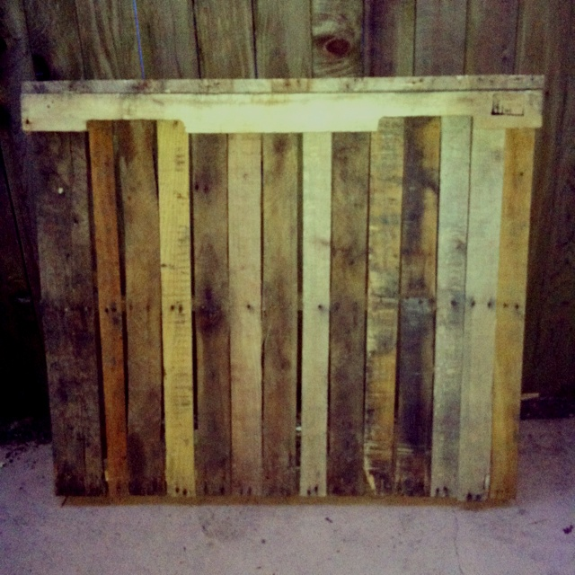 Headboard made from pallets!