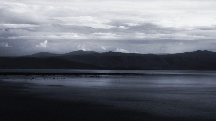 Chapala Sky.  Black and White #VicManPhoto @VicManVillegas