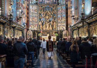 Oficjalna strona internetowa Bazyliki Mariackiej w Krakowie. Aktualności, informacje dla parafian oraz dla turystów.