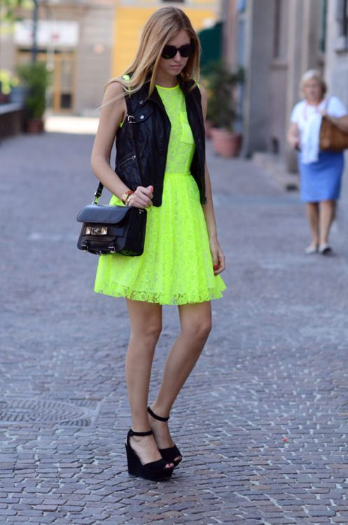 Neon Color Trend: How To Wear Neon Colors