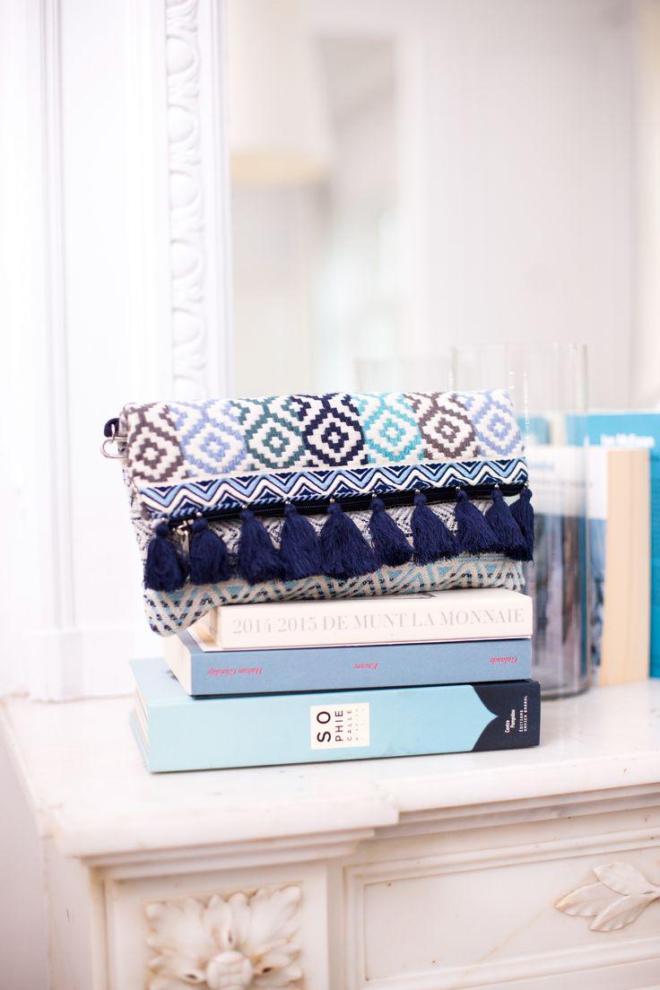 25 best ideas about pochette ethnique sur pinterest sac bandouli re femme tenues d 39 hiver. Black Bedroom Furniture Sets. Home Design Ideas