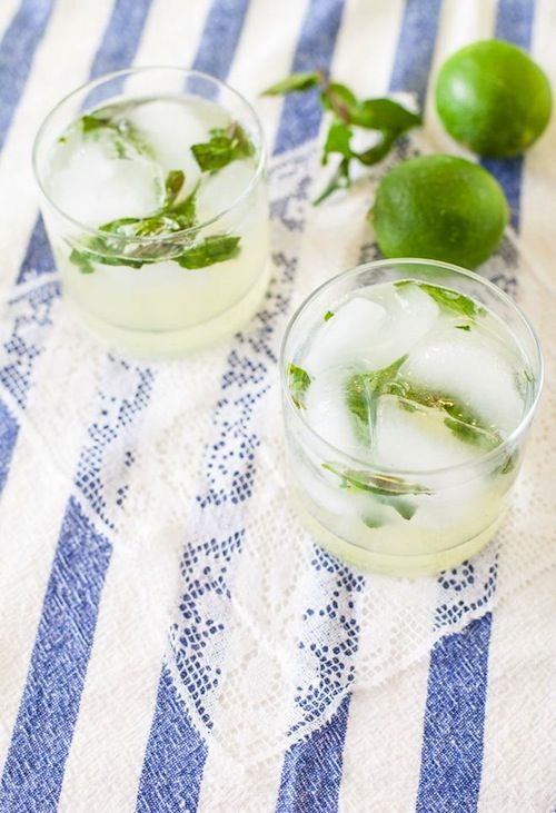 Design Darling-3 Cocktails to try this weekend: Mint Gimlet, Grapefruit Sage Mimosas, and Apple Mojitos. Perfect choices to cap off the summer.