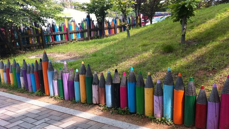 Creative Ideas For Garden DIY Fence Decorating Ideas | decorate fence pa...