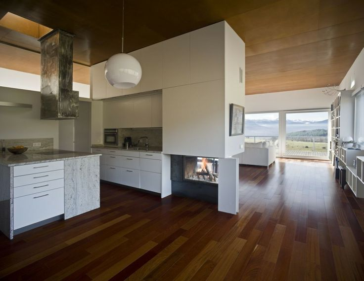 I love double duty fireplaces. csv House by Burgos & Garrido arquitectos