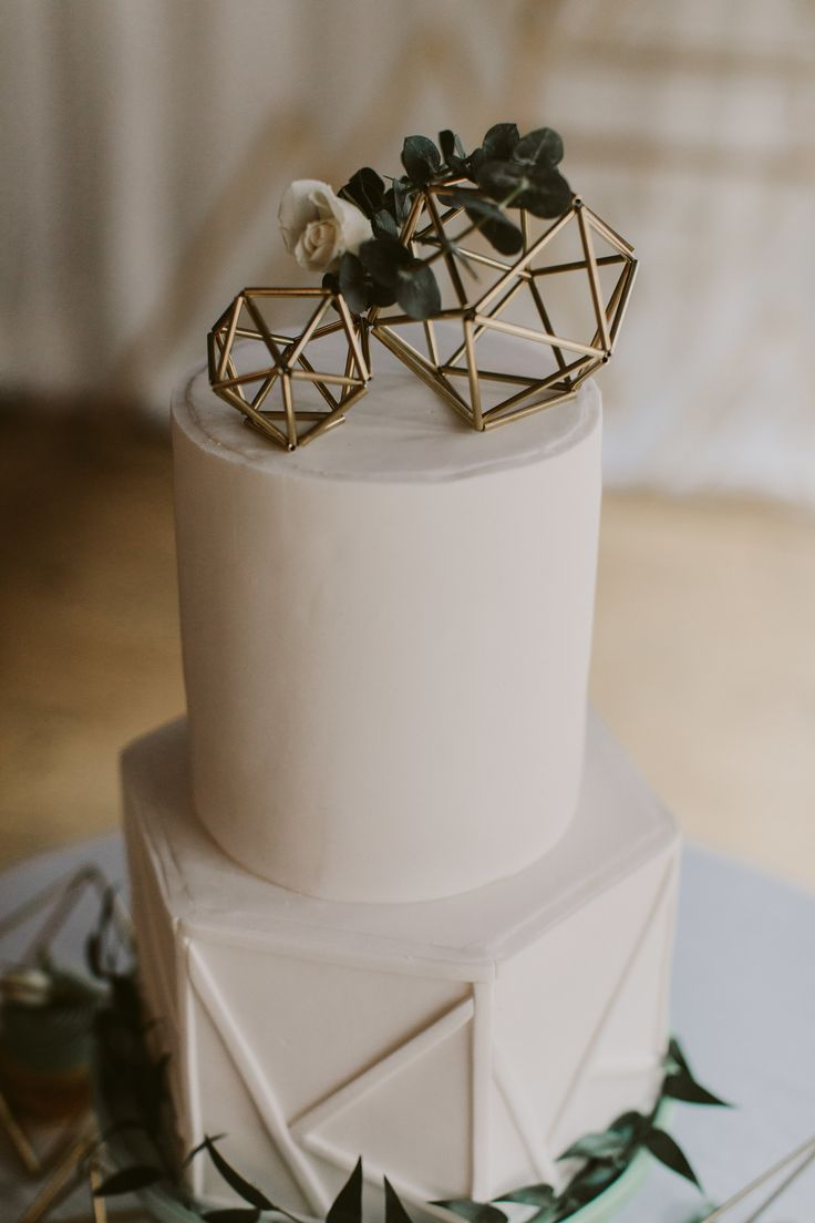 geometric wedding cake idea