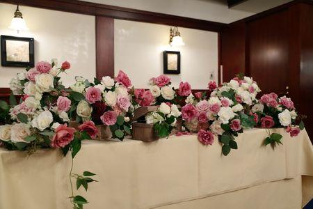 新郎新婦様からのメール シェ松尾青山サロン様へ ユリの挙式、バラの披露宴 : 一会 ウエディングの花