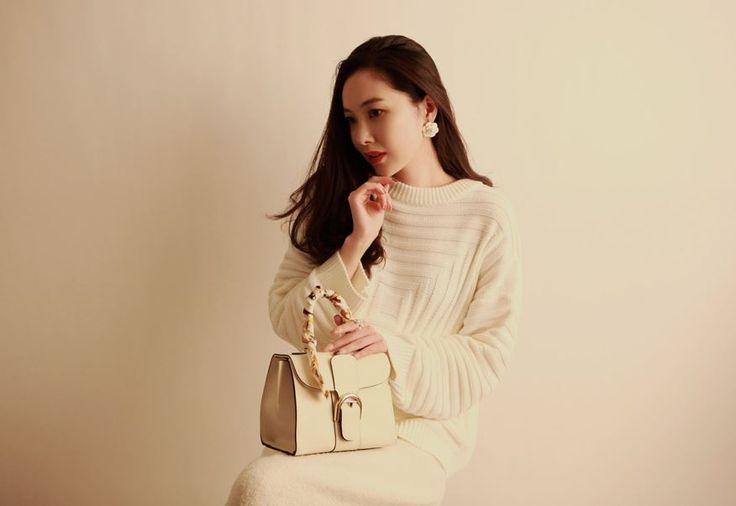 Korea feminine clothing Store [SOIR] Delhi Mini bag  / Price : 70.28USD #korea #fashion #style #fashionshop #soir #feminine  #special #totebag #minibag #primiumbag