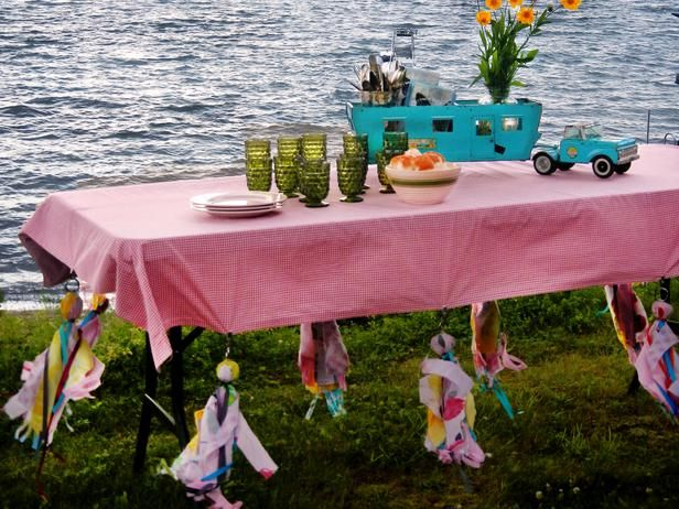Don't let wind ruin a picnic! Make these cute tablecloth weights >> http://www.diynetwork.com/outdoors/how-to-make-tablecloth-weights-for-a-picnic-table/index.html?soc=pinterest